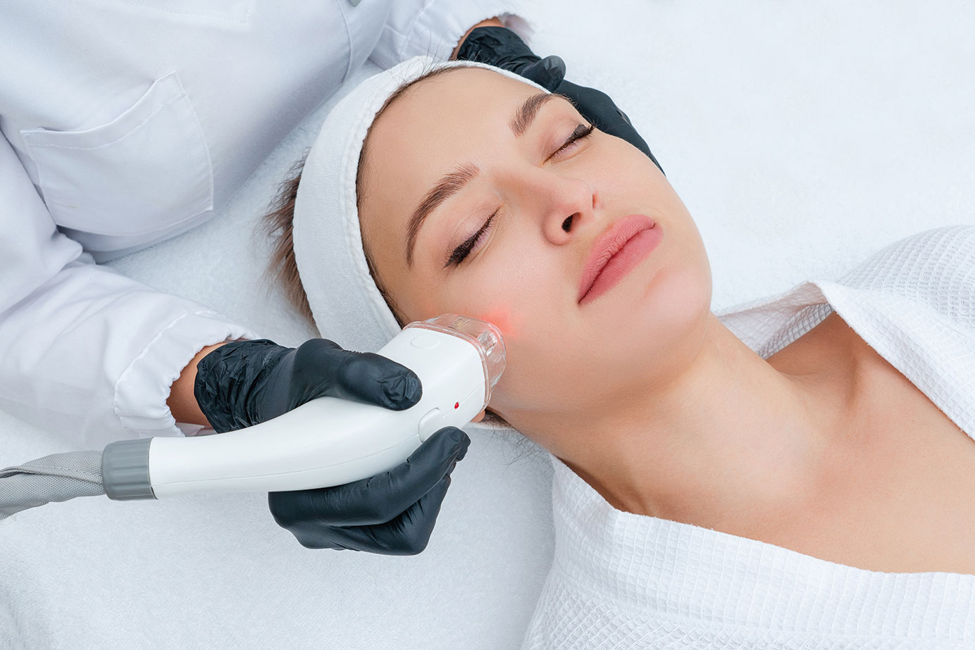 Kosmetik, Gesichtsbehandlung, Laserbehandlung, Pigmentflecken, Seeboden, Spittal